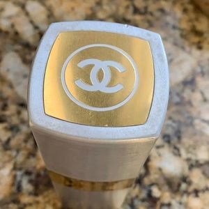 Full unused bottle of rare Chanel 19
